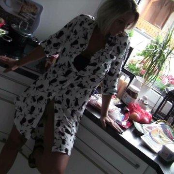Jungspund Basti ! Freund der Nichte in Küche abgefickt